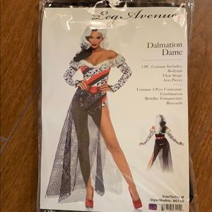 Dalmatian Dane AKA Cruela De Vil 💃🏼  Costume